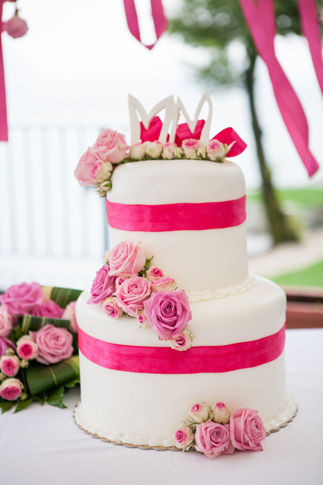 wedding cake fucsia