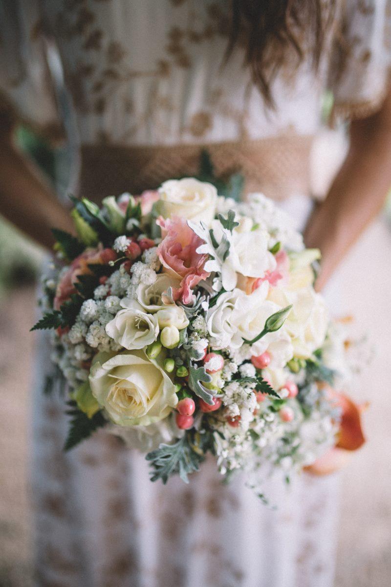bouquet sposa lago