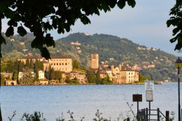 location sul lago d'orta